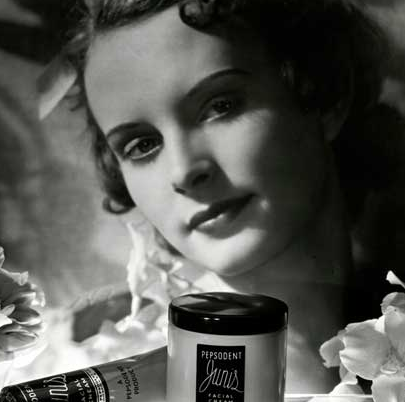 The High Art of Photographic Advertising